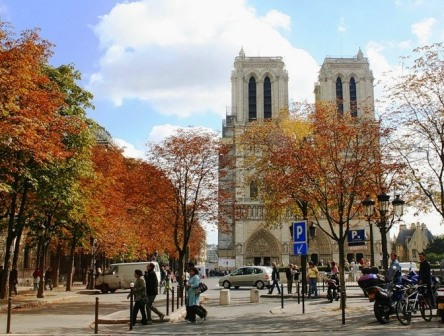 Погода в октябре в париже